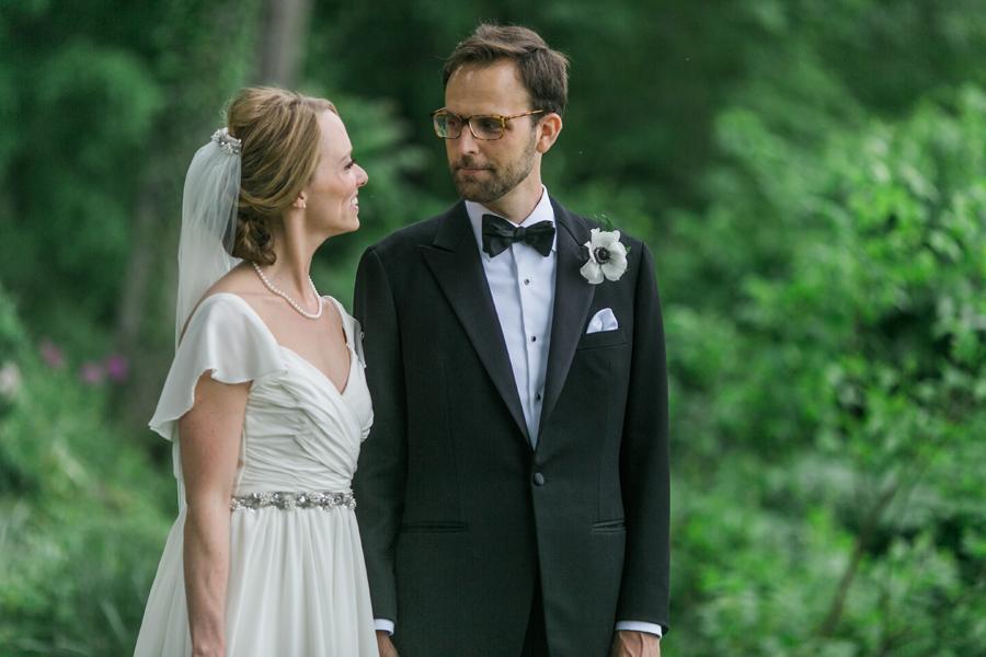 019-leesburg-virginia-farm-wedding-photographer.jpg