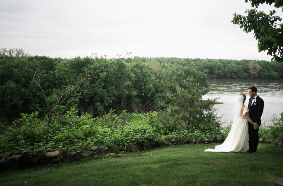 020-leesburg-virginia-farm-wedding-photographer.jpg