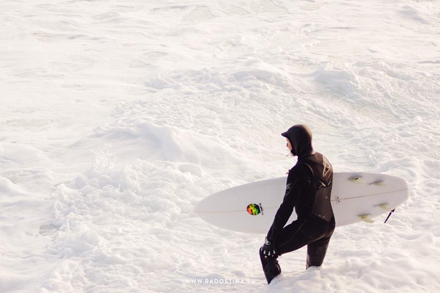 radostina_surfers_02c.png
