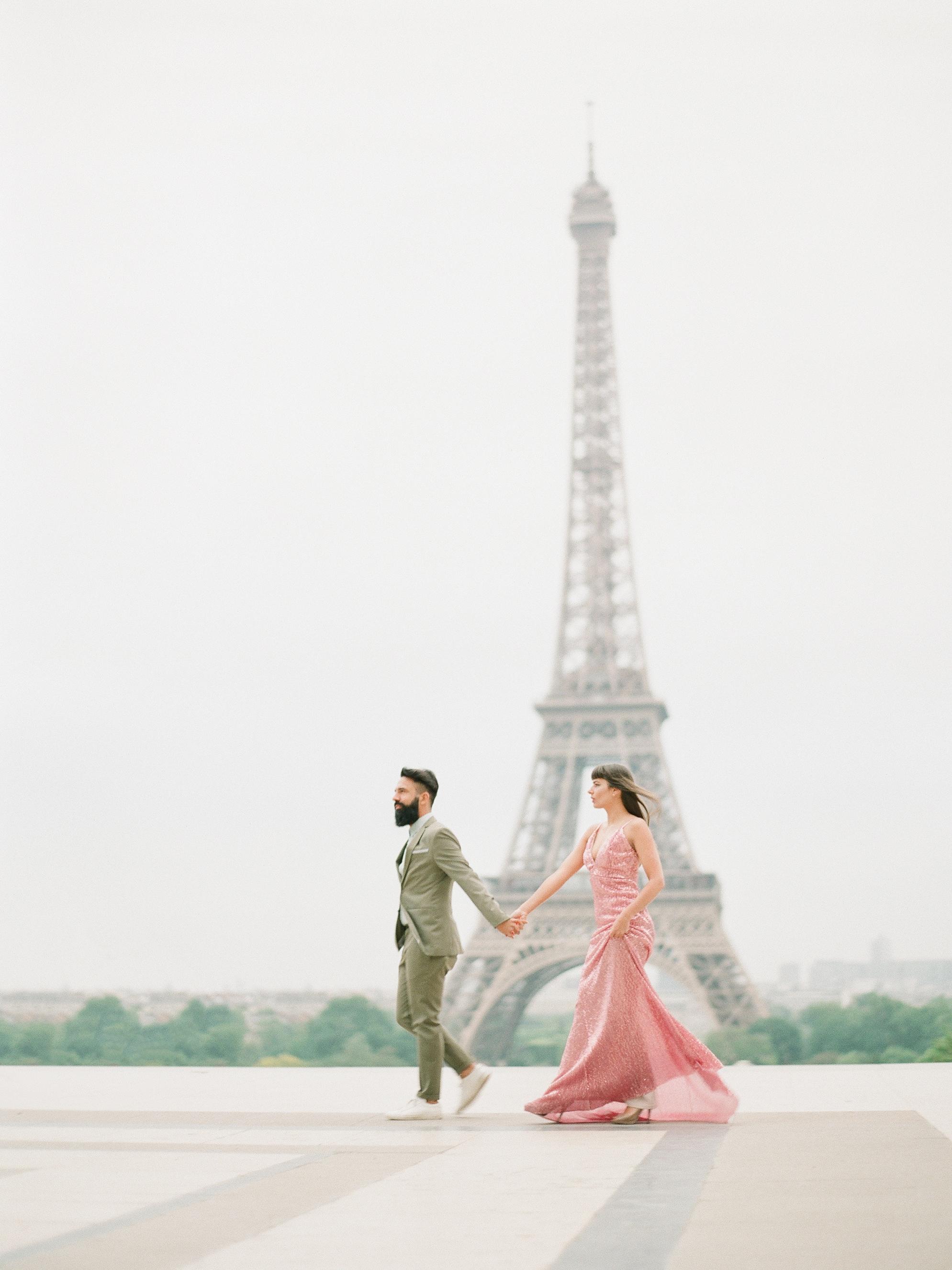 Engagement session Paris on film