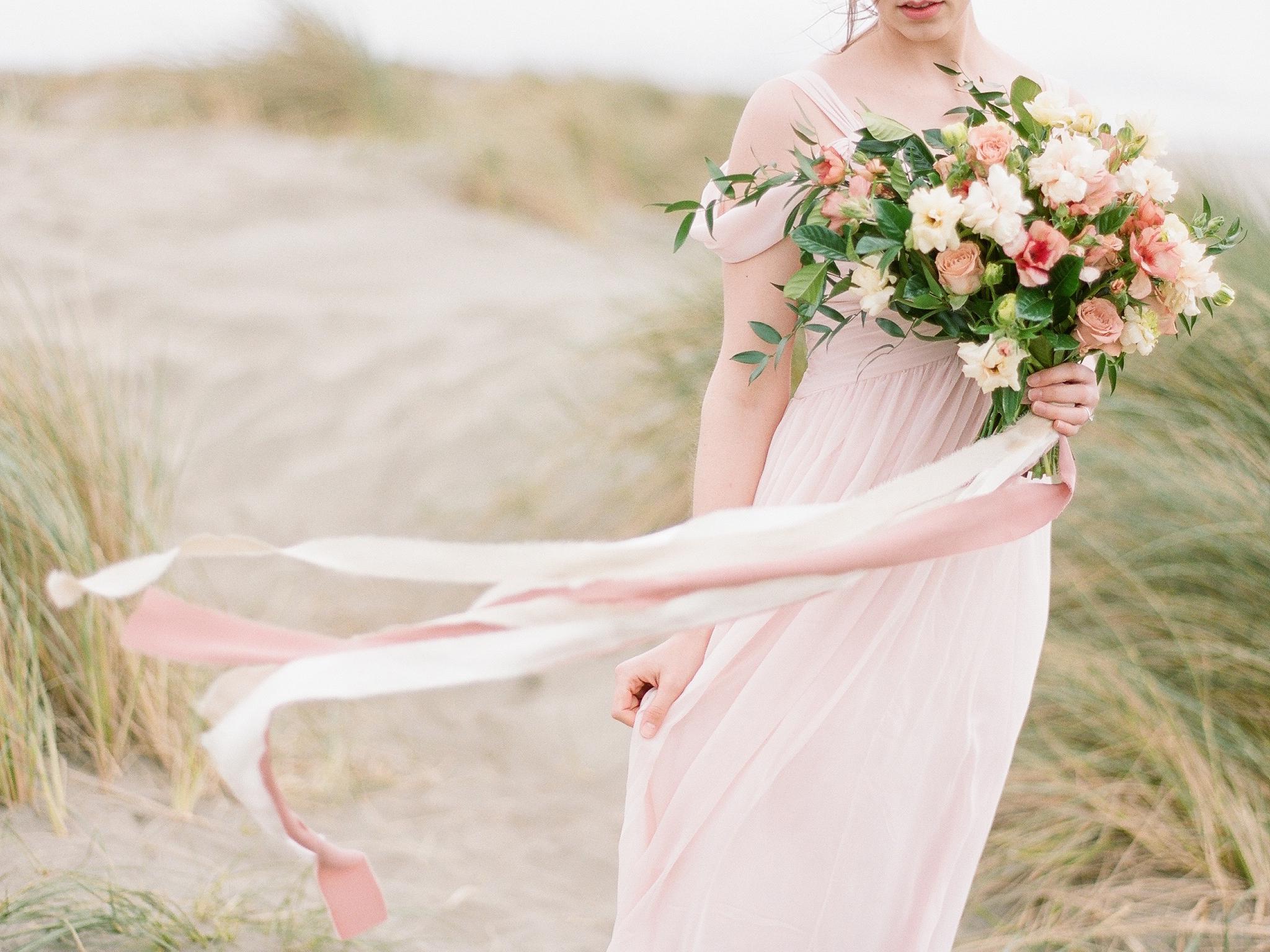 Muave bridal bouquet