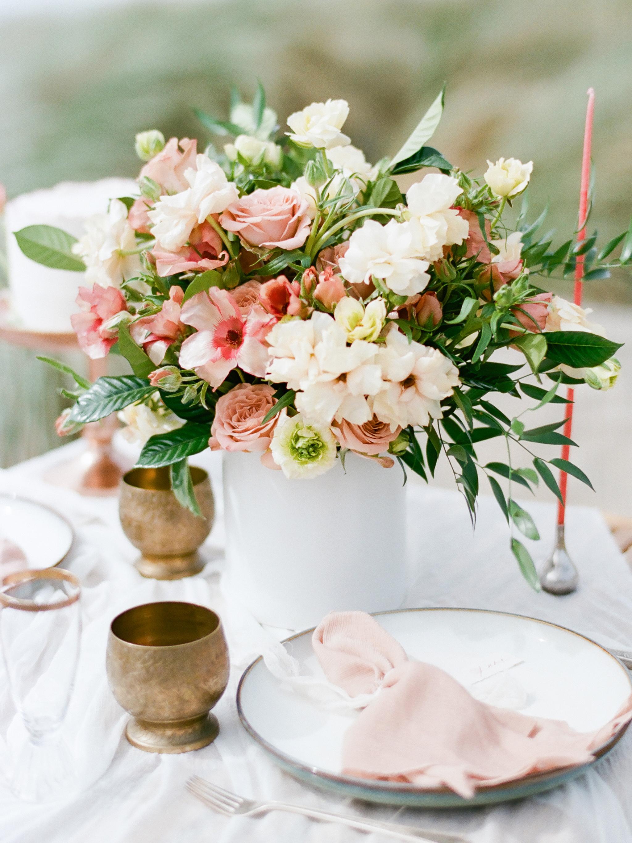 Muave-flowers-wedding-bouquet