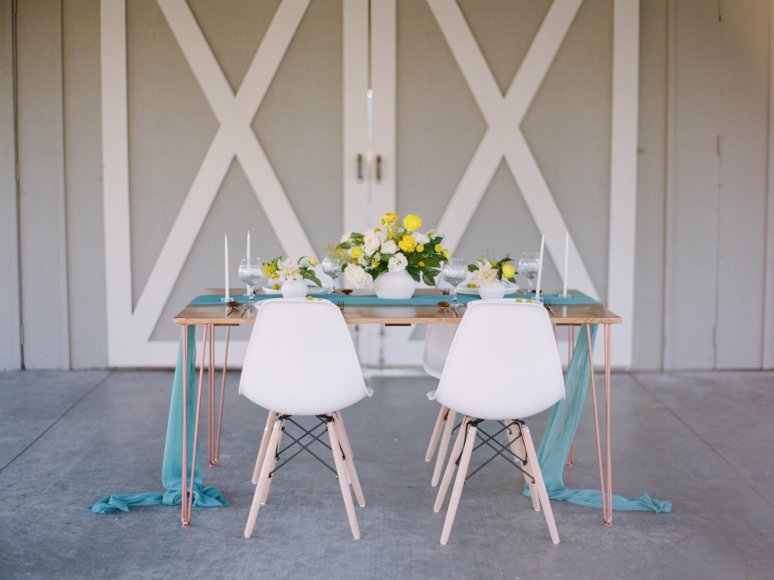 mid century modern wedding table decoration