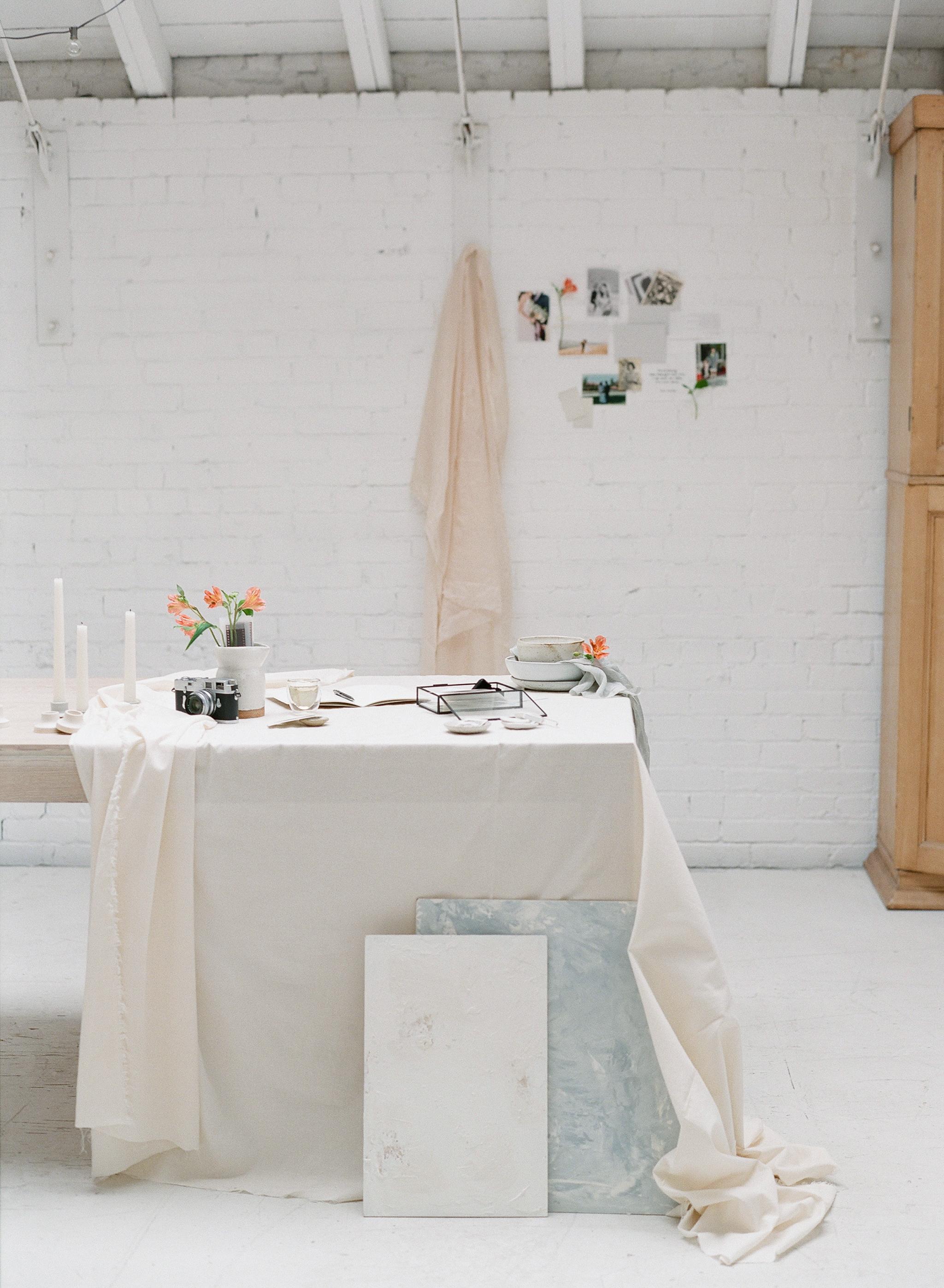 radostinaboseva_brandphotography_studio_white.jpg