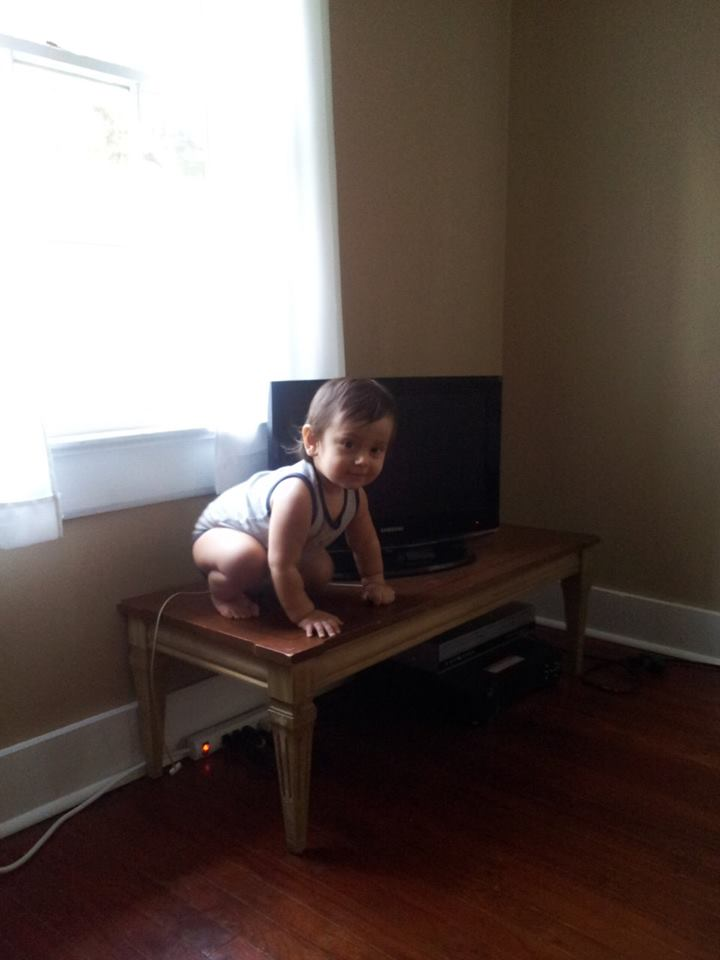 15-month-old brave little Gael on the coffee table last September 2013.