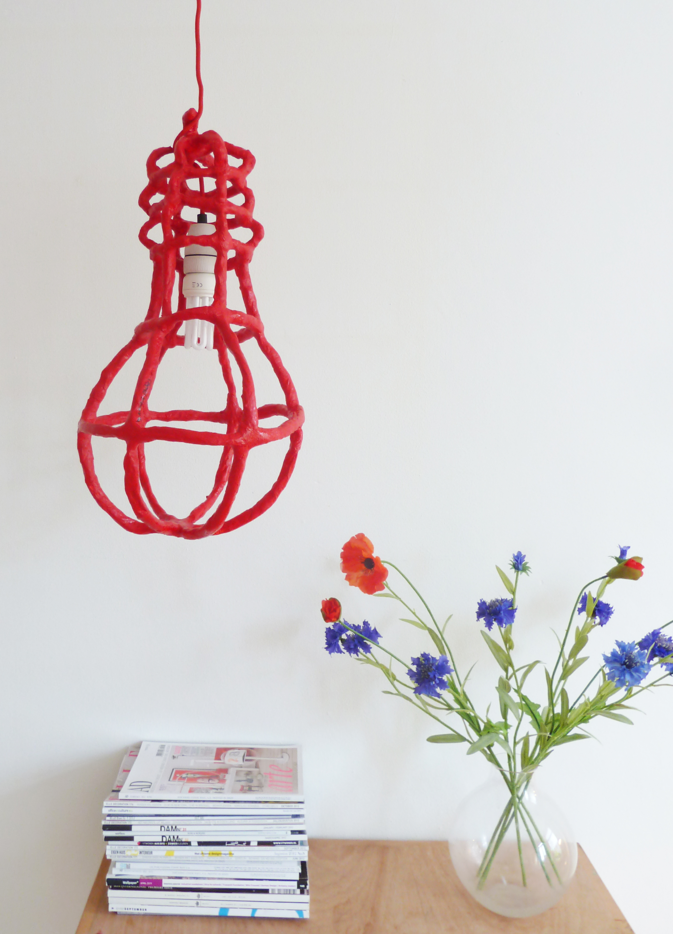 Beautiful Bulb - red saving light image 1.jpg