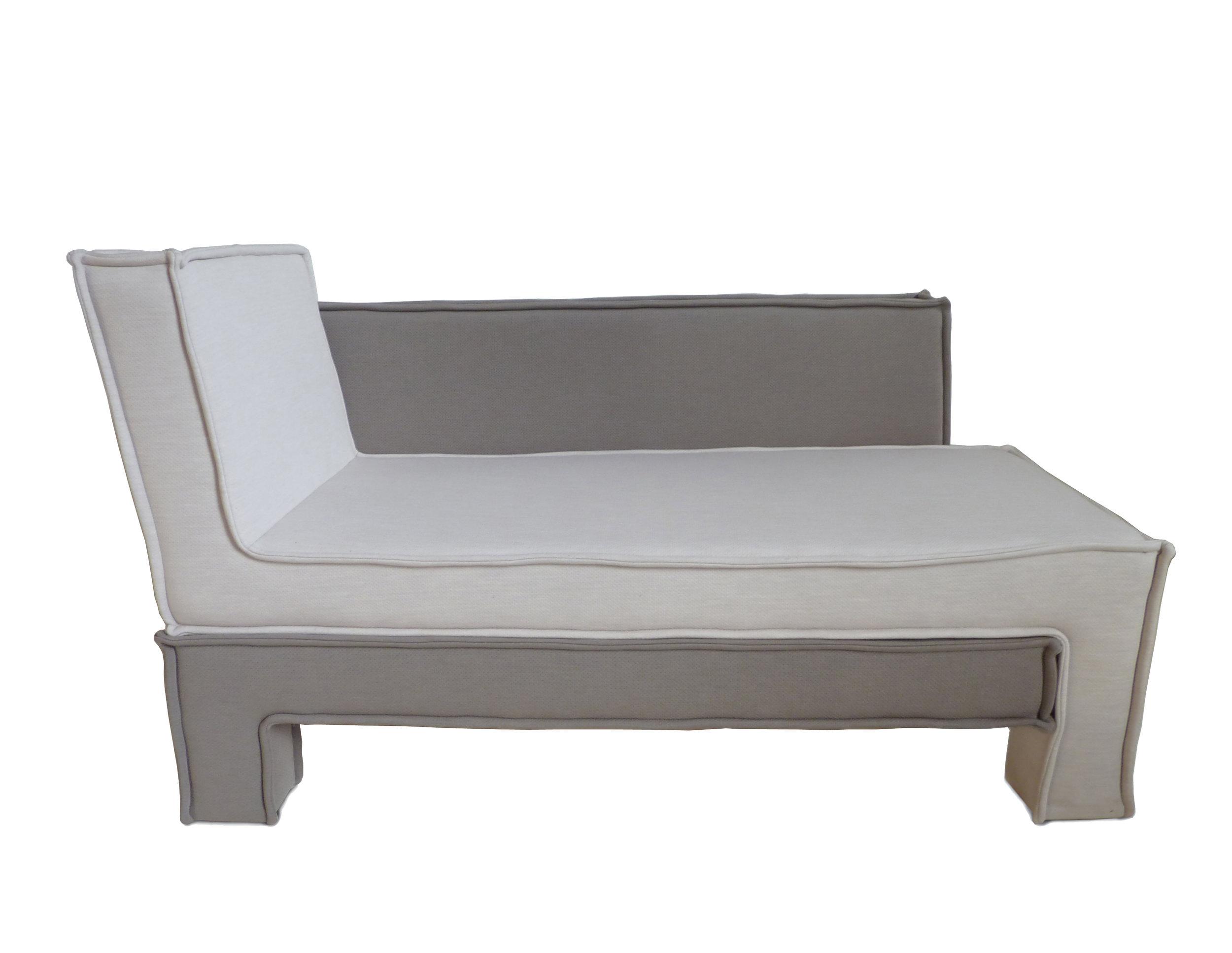 chaise longue 1.jpg