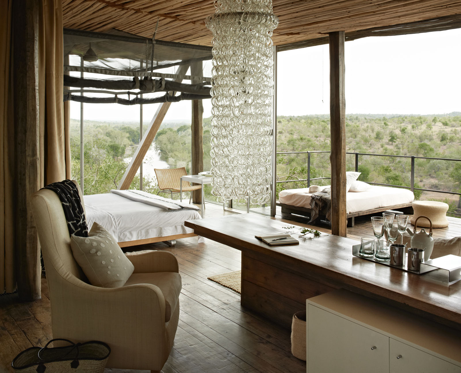 Clarity Hospitality Solutions_10 hotels you need to experience_Singita Sweni 3.jpg