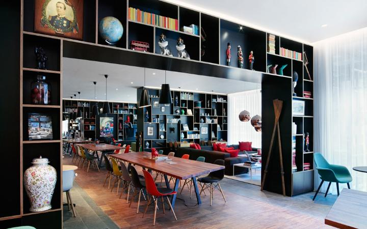 citizenm-tower-london-seating-large.jpg