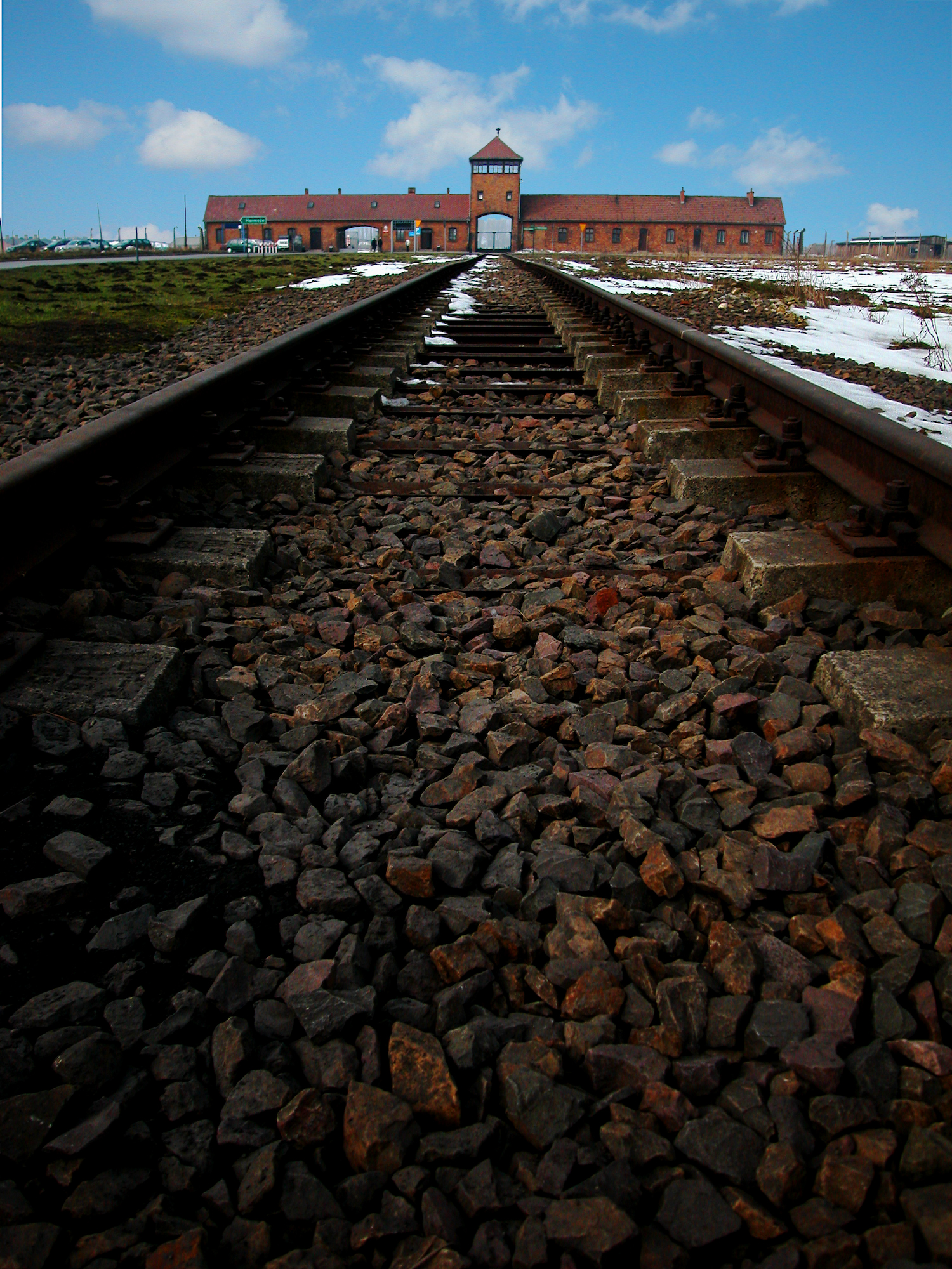 Birkenau Train Tracks_PL.jpg