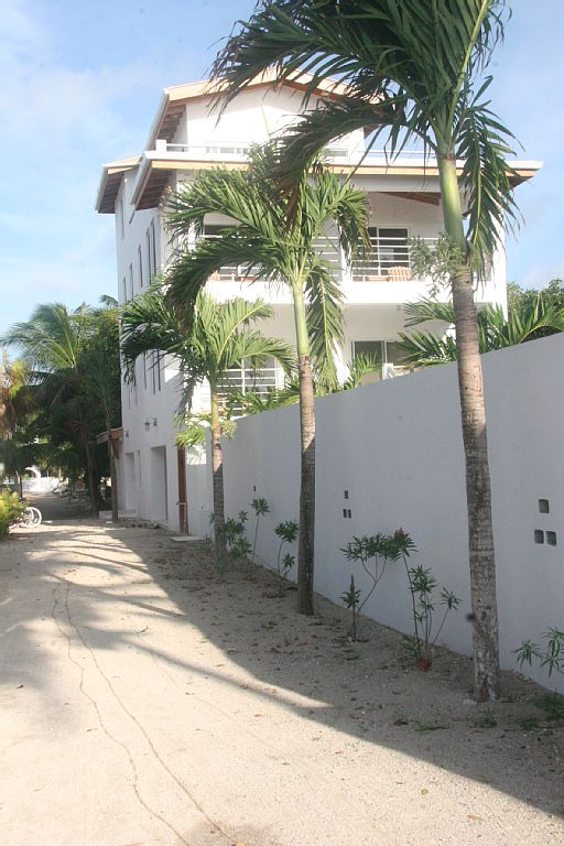 Sullivan_Belize_Hotel_3.jpg