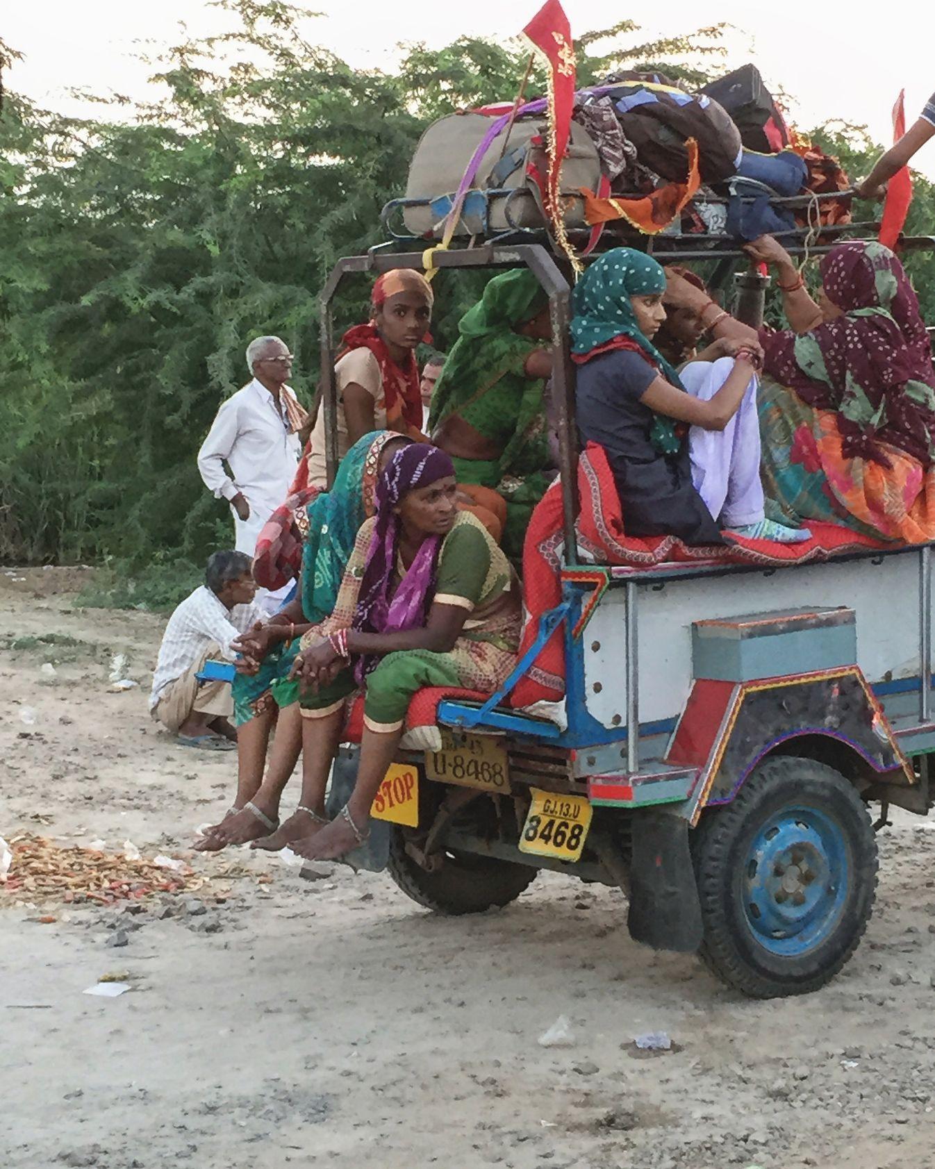 Mata na madh pilgrims