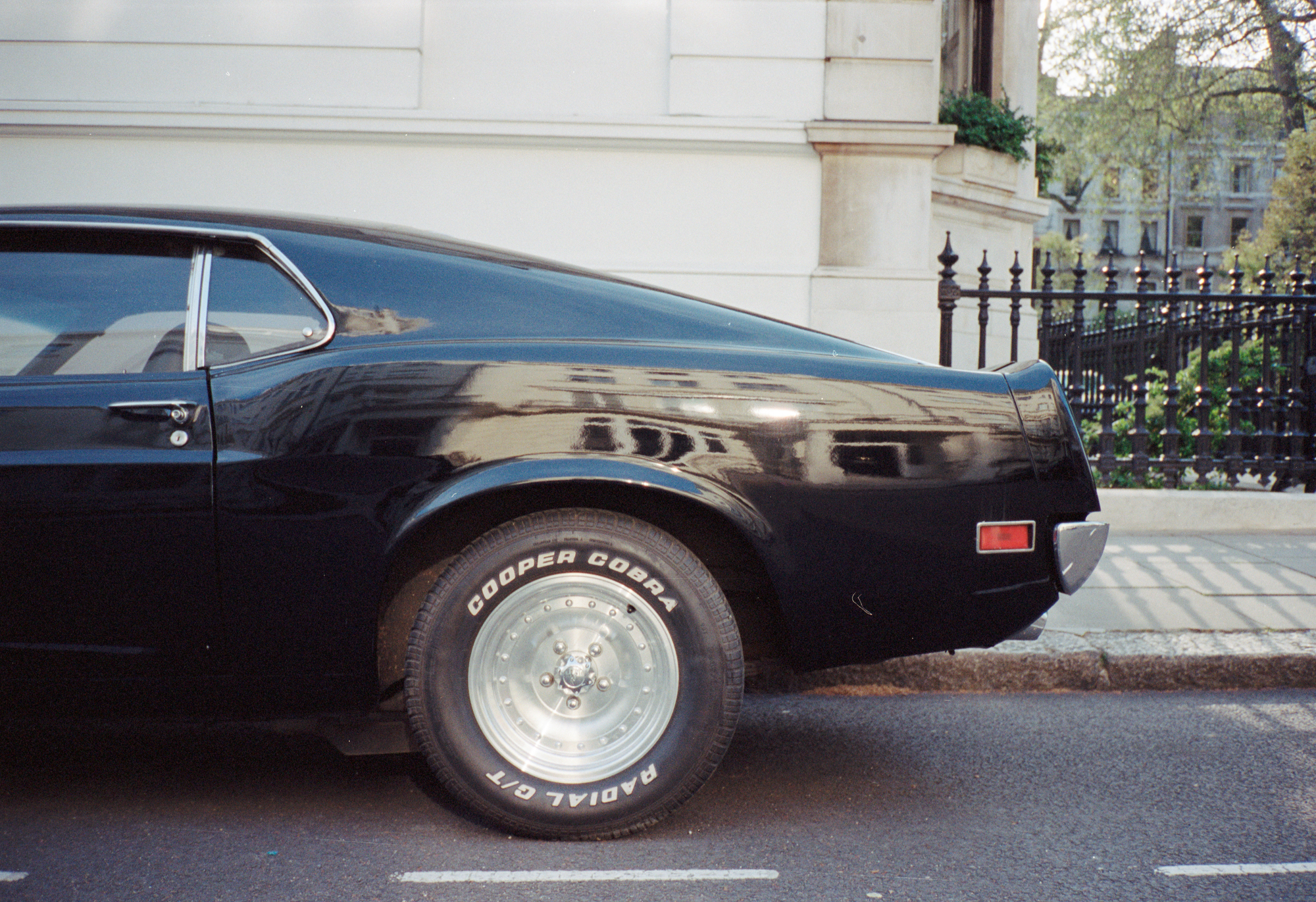 London, Contax T2