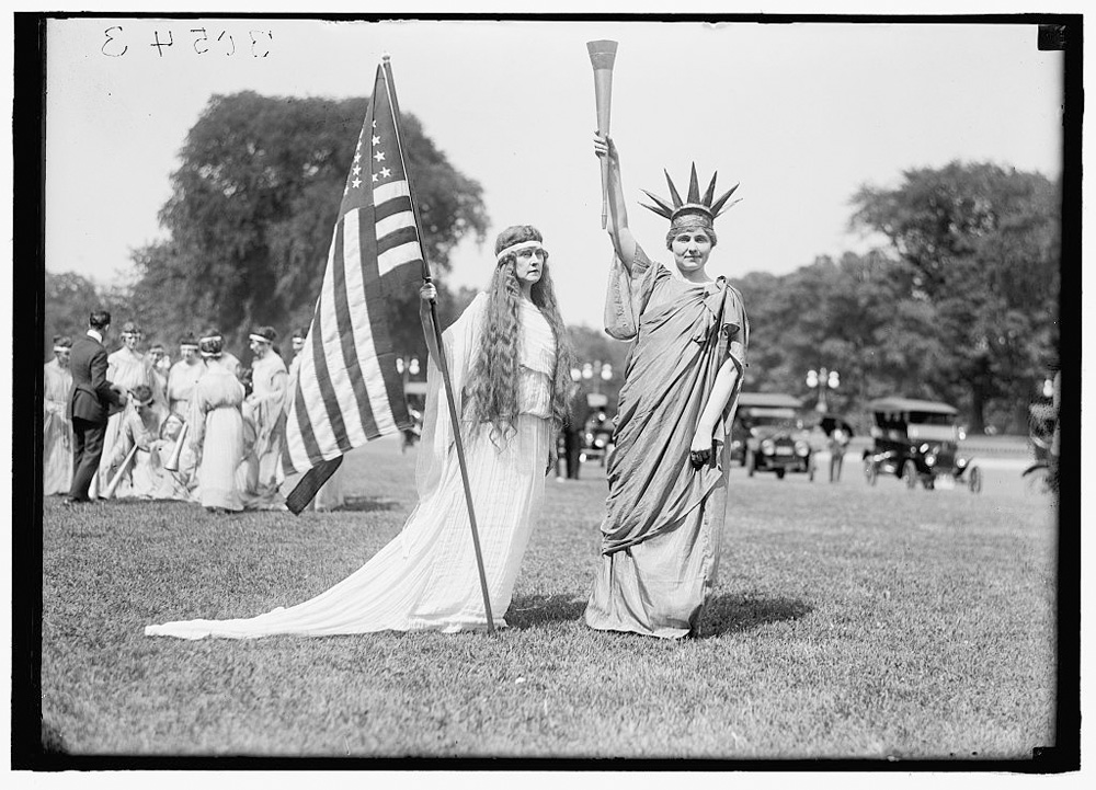 FOURTH OF JULY. TABLEAU ON ELLIPSE- 'LIBERTY' 'COLUMBIA' AND DANCERS -1919