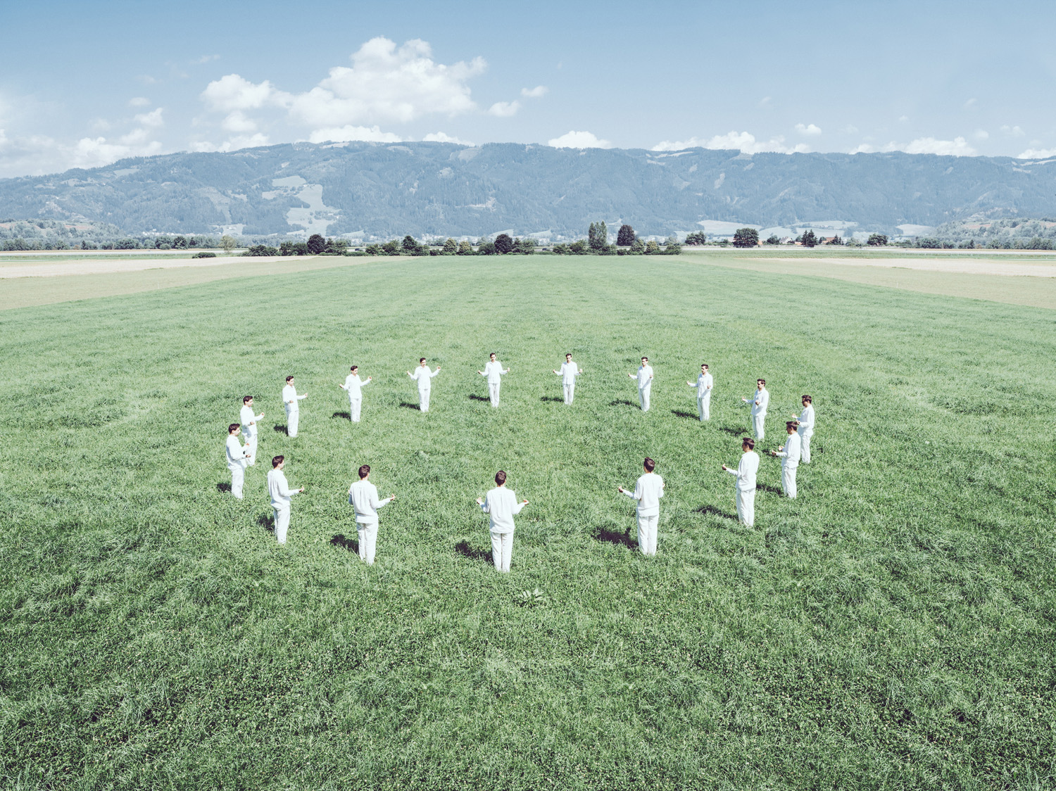 Earth Healing Ritual © Klaus Pichler. Courtesy of Anzenberger Gallery