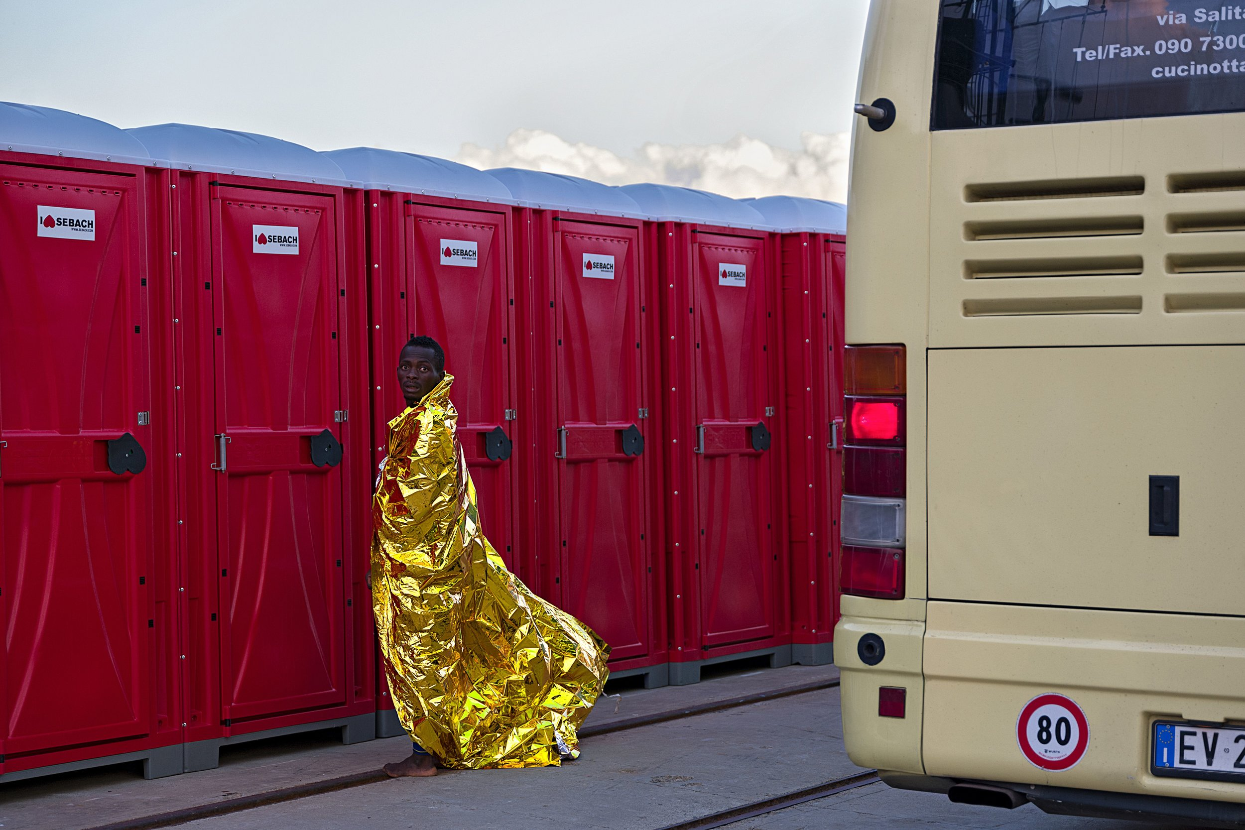 Refugees- Italy Catania-Messina © Herlinde Koelbl