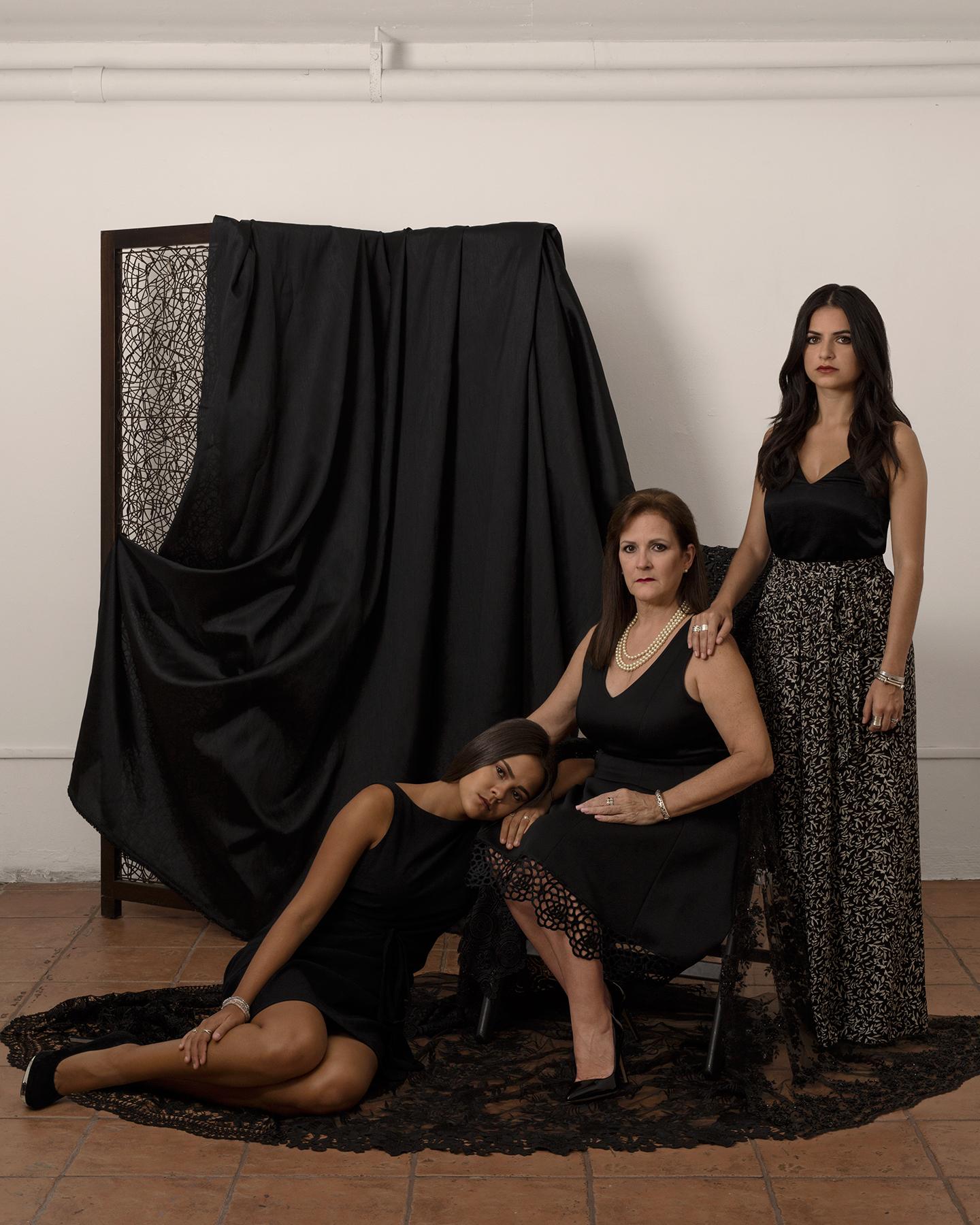Martínez in Mourning: Joann Renil Martínez & Daughters © Alexandra Rafael Martinez