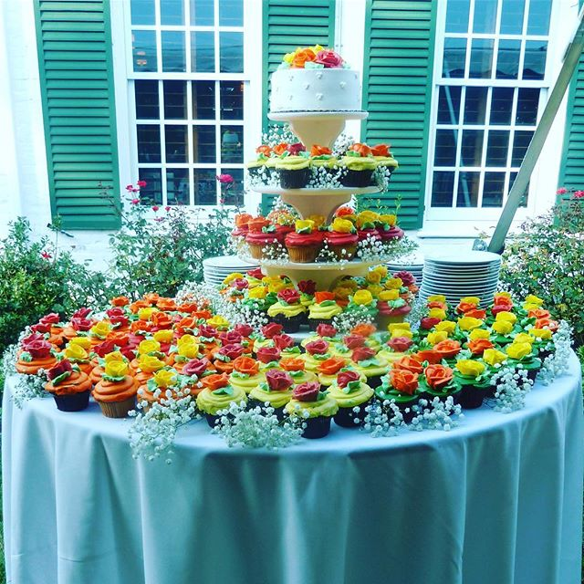 Festive & colorful wedding treats!