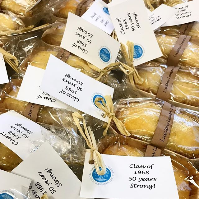 Lemon loaf bread! The perfect party favors - showers, alumni gatherings, graduation parties, you name it!