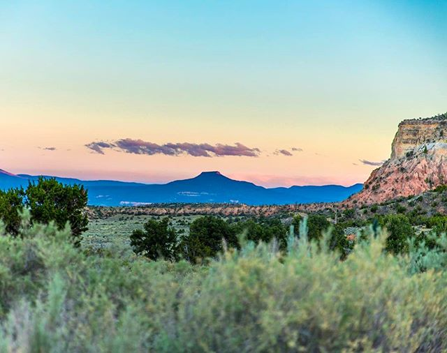 First stop in New Mexico: Abiquiu. We found a gorgeous camping spot in Abiquiu at Echo Amphitheater. With incredible views including this one of the Pedernal. The Pedernal drove much of the art inspiration for Georgia O'keefe. Even her ashes were spread on the top. It's quite the site!