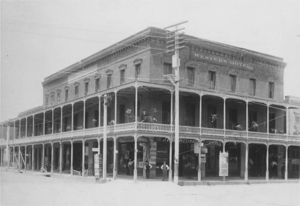 Western Hotel, Marysville, Calif., c.1850s.  Collection of the Yuba County Library. Source:  Online Archive of California .