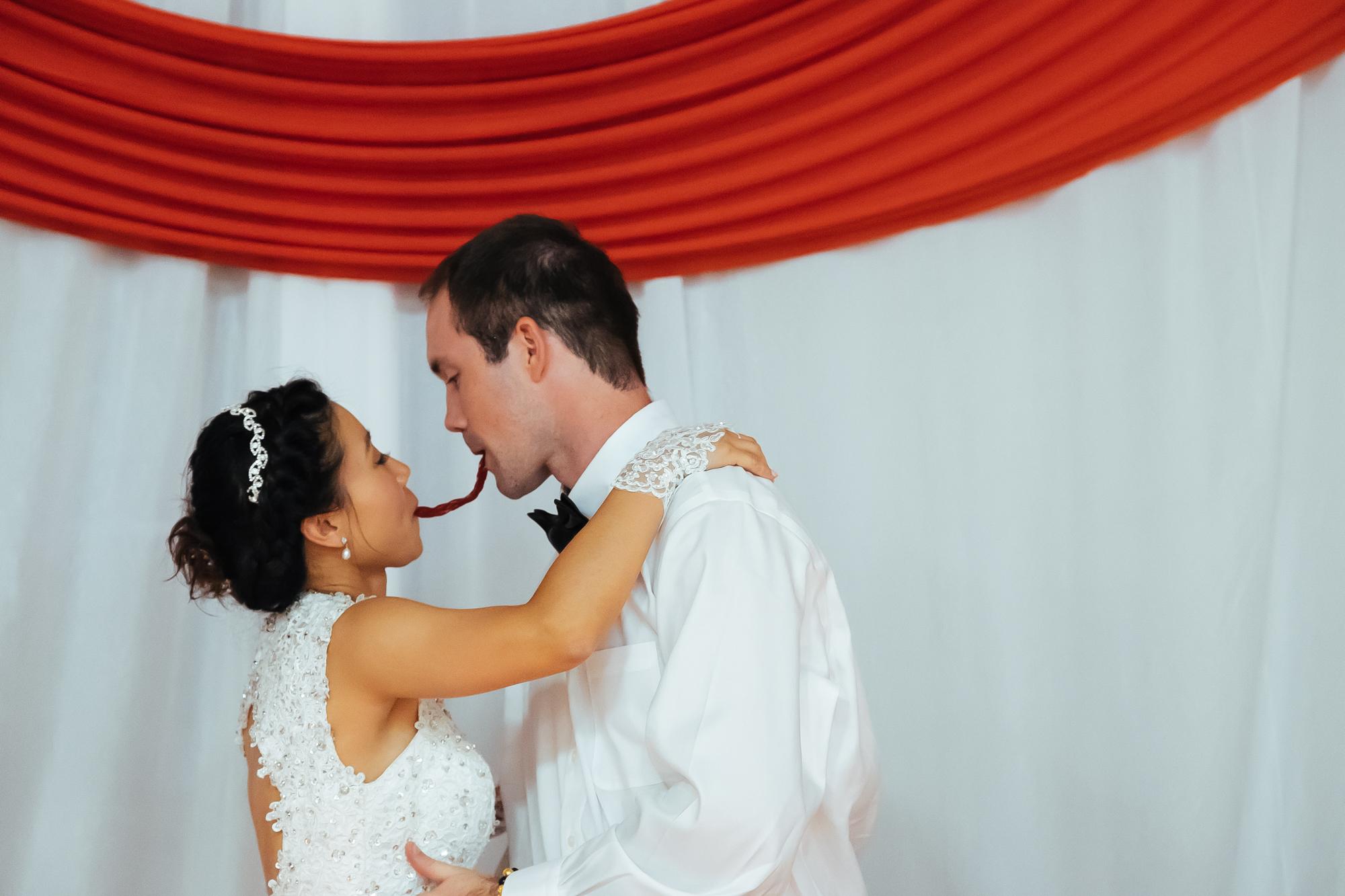 2015 8-15 Wedding Rob Karen-7060.jpg