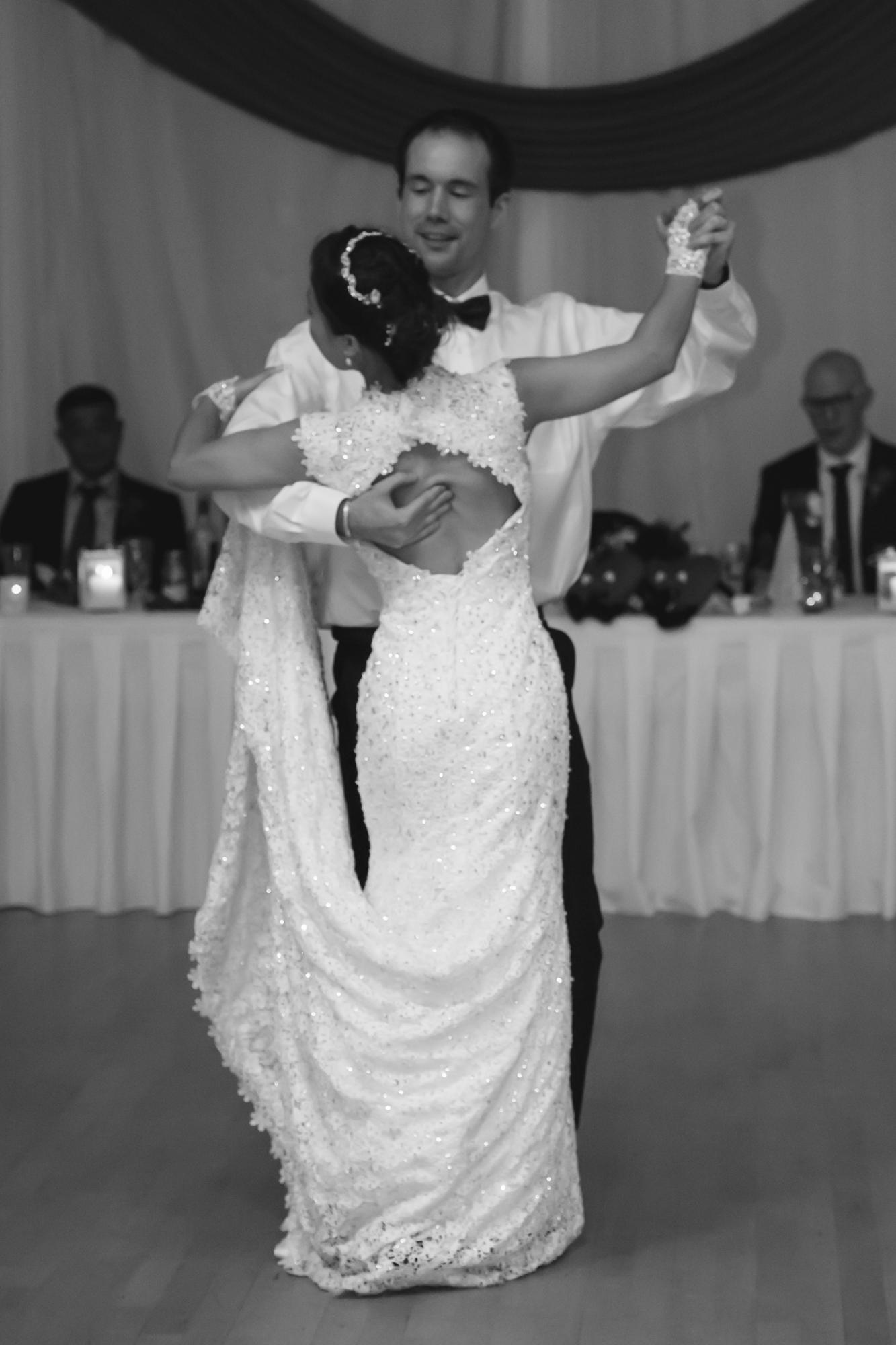 2015 8-15 Wedding Rob Karen-7087.jpg