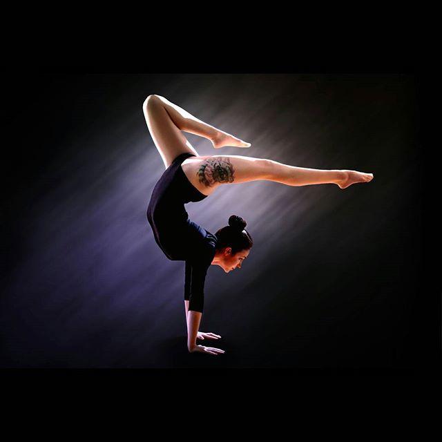 With wonderful Umeko!  #dancer #pose #yoga #modeling #model #brunette #lighting #photographybydustin #legs #feet #beautiful #yogagirl #yogapose