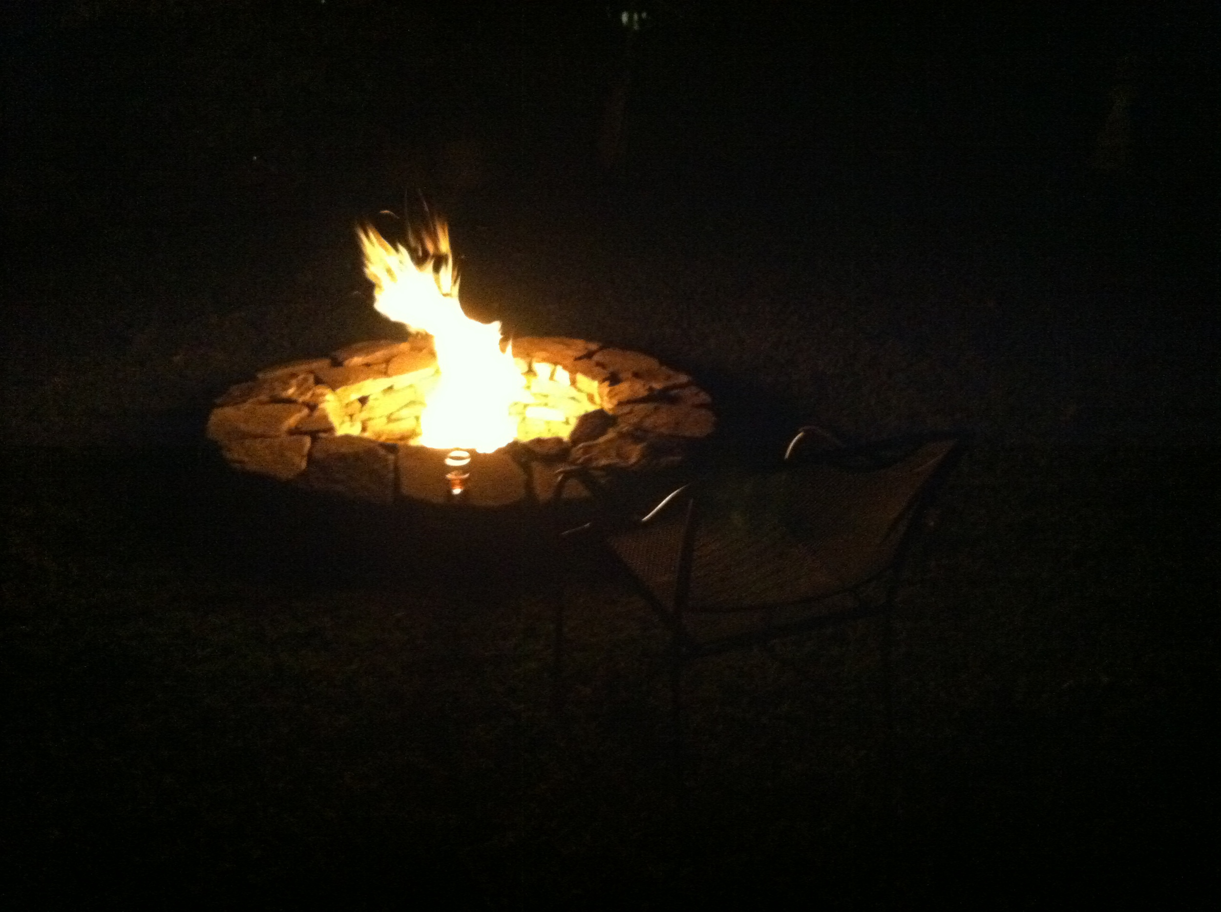 Fire pit alight