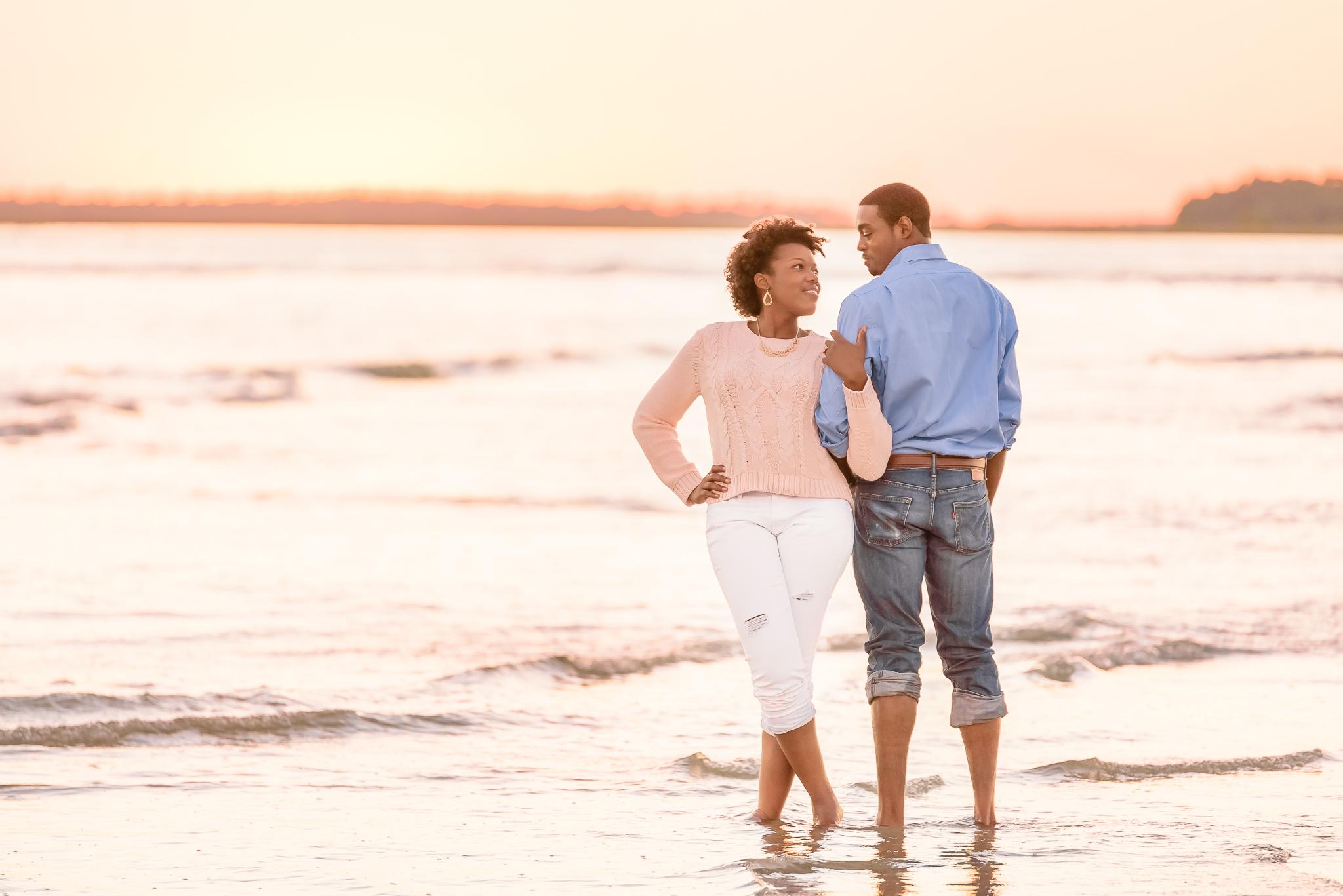 Folly Beach Engagement Photos_Charleston SC Photographer