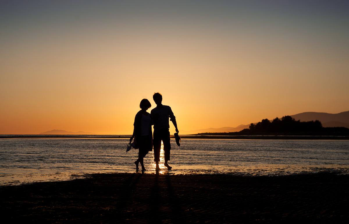Iona Beach sunset couples portrait