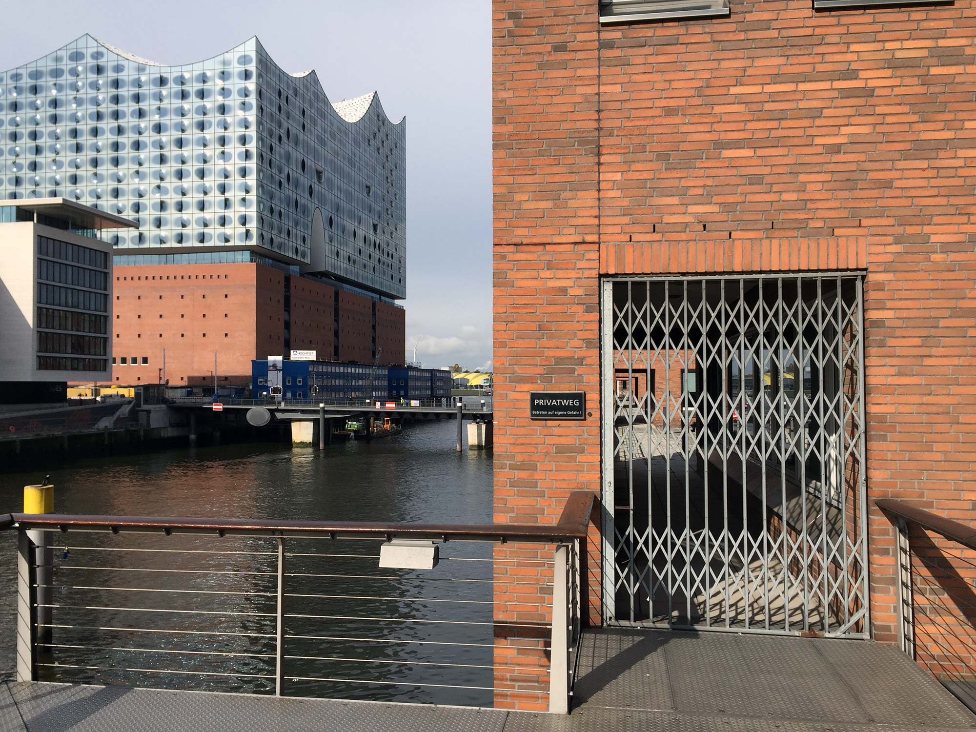Herzog & deMeuron's Elbphilharmonie, built over an existing warehouse building is the new centerpiece of the Sandtorhafen docks.