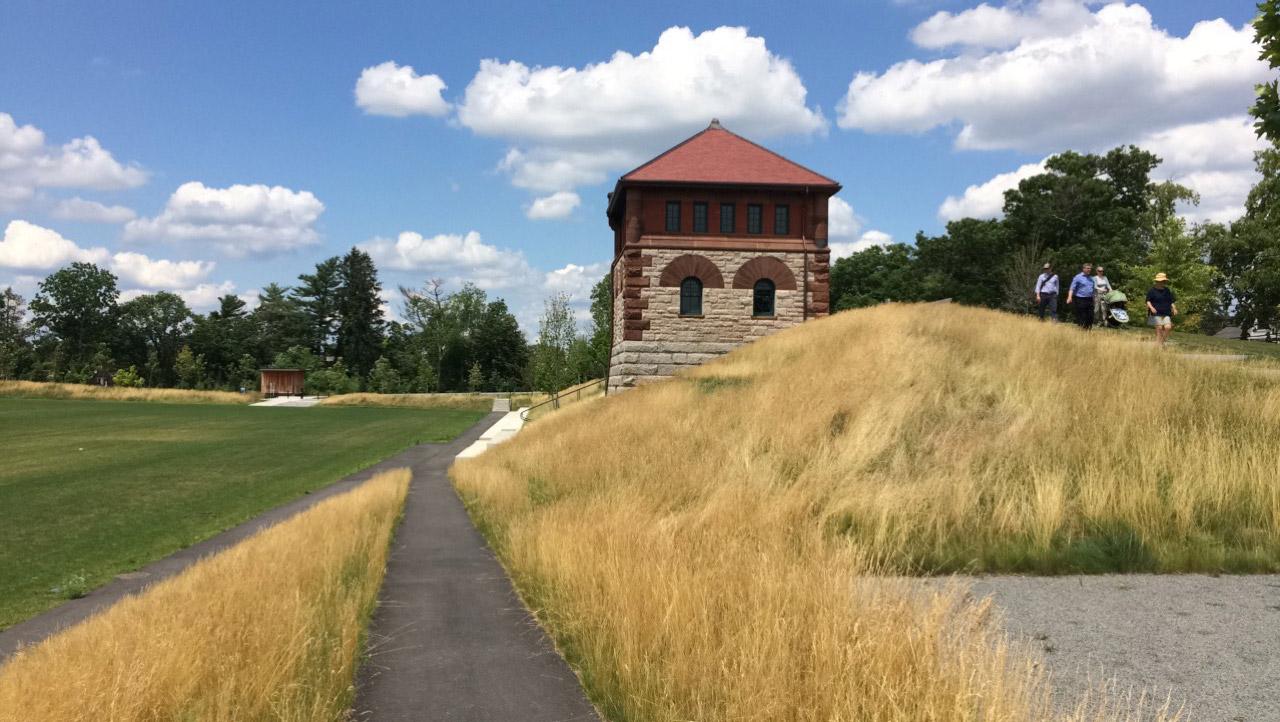 Fisher-Hill-Reservoir-Park-Gatehouse-KMDG.jpg