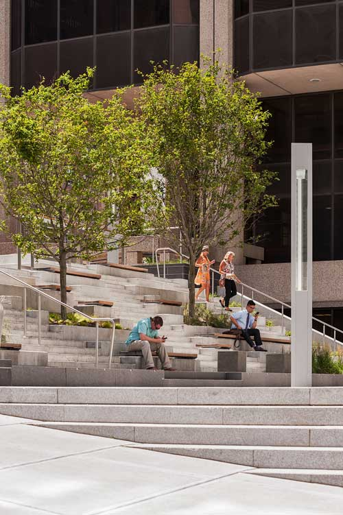 Roemer-Plaza_Suffolk-University-Landscape_0399-cpp-0242_KMDG.jpg