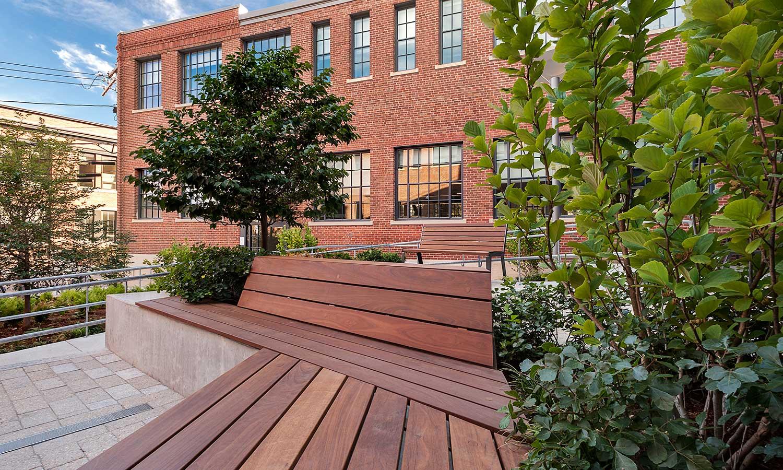 MIT-NW23_campus-landscape_courtyard_Klopfer-Martin_2.jpg