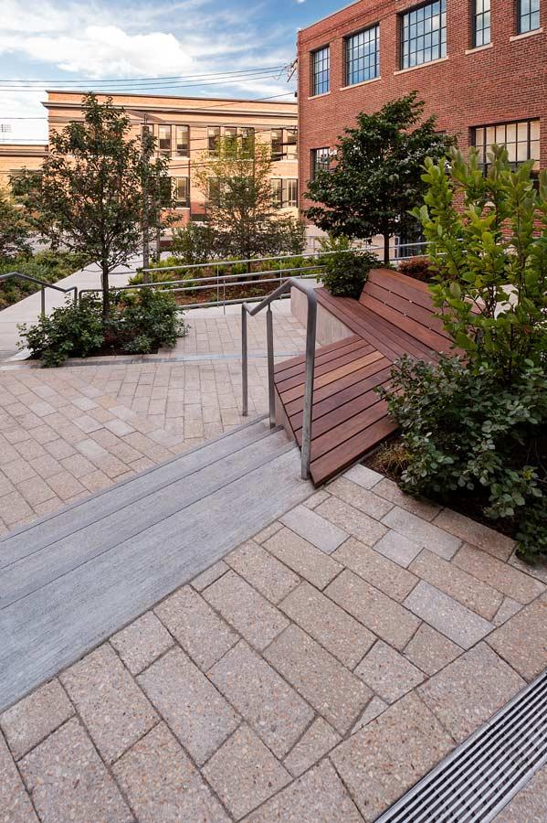 MIT-NW23_campus-landscape_courtyard_Klopfer-Martin_4.jpg