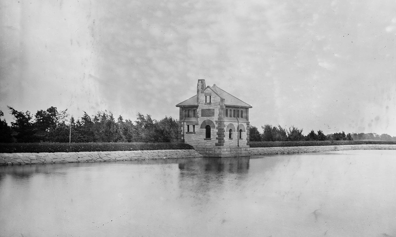 Fisher-Hill-Reservoir-Park_Historic-reservoir_Klopfer-Martin.jpg