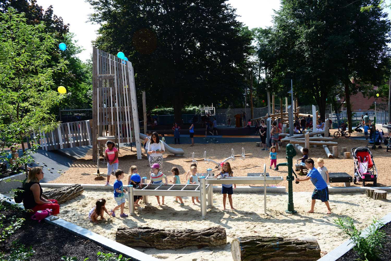 Hoyt-Sullivan_Somerville_Adventure-Playground_KMDG_DKM_0567_b.jpg