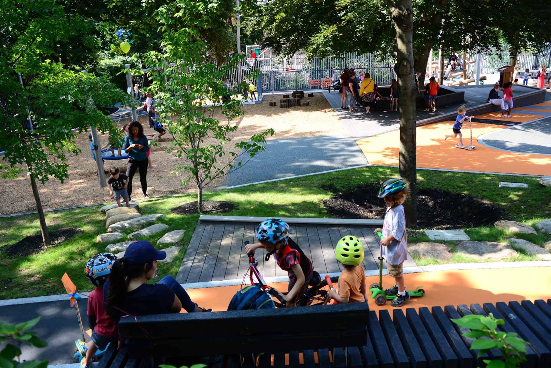 Hoyt-Sullivan-Park_adventure-path_stone-path_recycled-bench_Klopfer-Martin.jpg