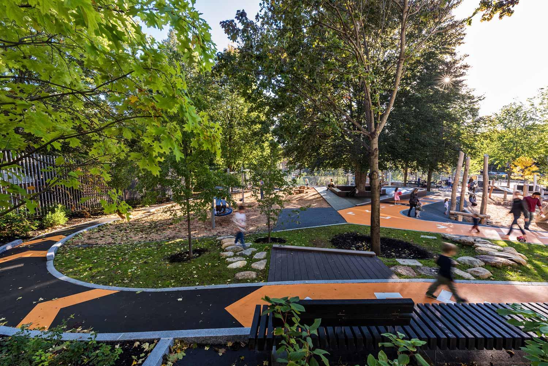 Hoyt-Sullivan-Park_adventure-path-playground_landscape-architecture_Klopfer-Martin.jpg