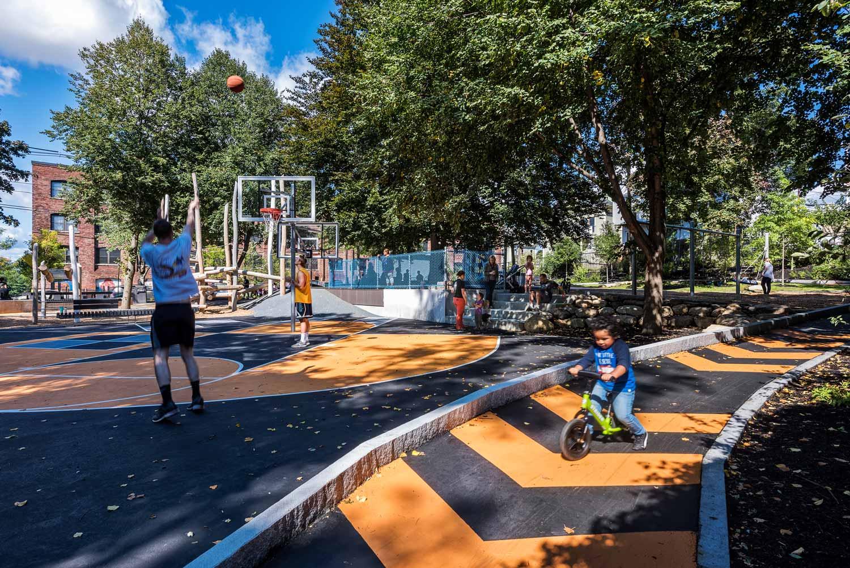 Hoyt-Sullivan-Park_Basketball-adventure-path_landscape-architecture_Klopfer-Martin.jpg