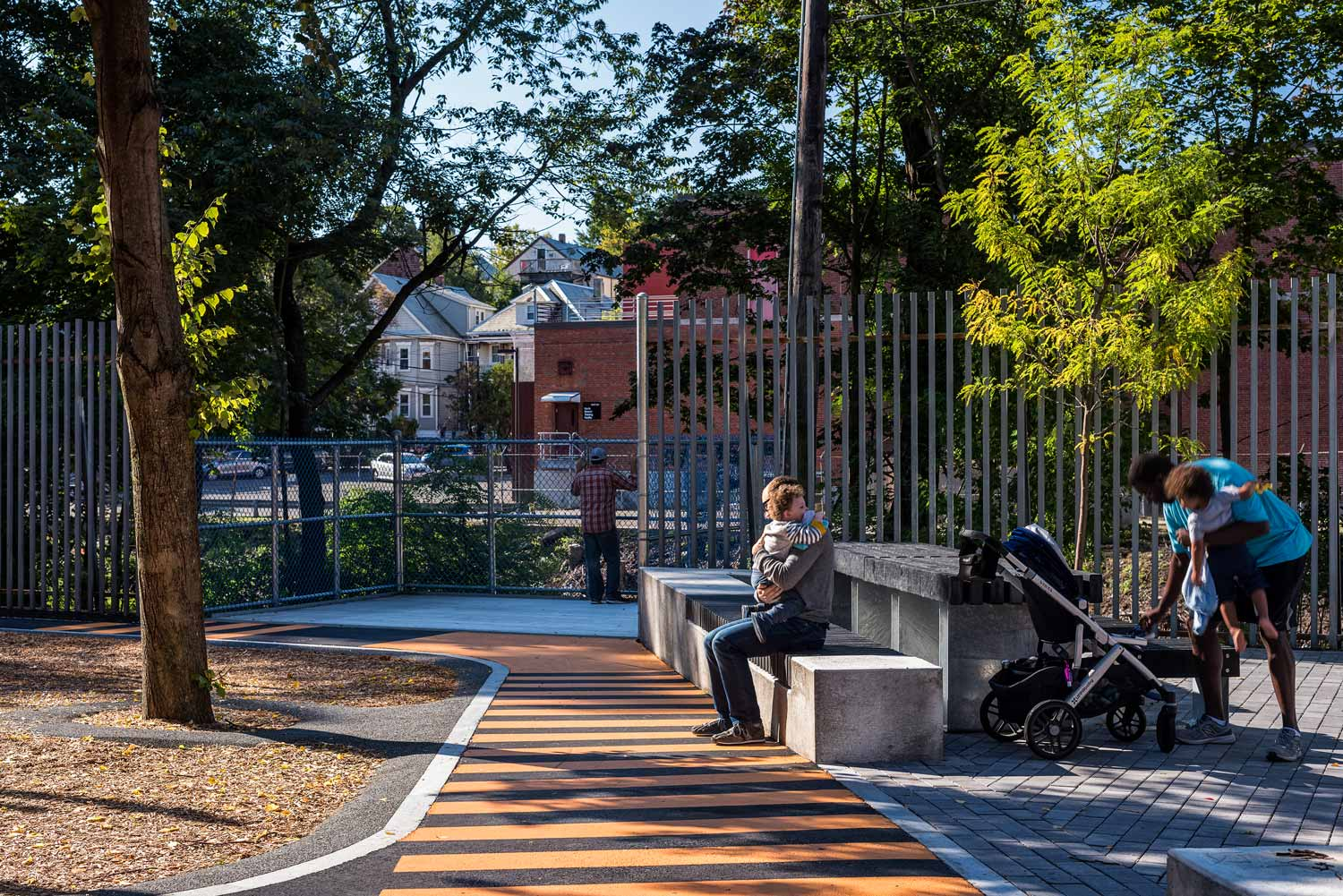 Hoyt-Sullivan-Park_train-overlook_community-table_landscape-architecture_Klopfer-Martin.jpg