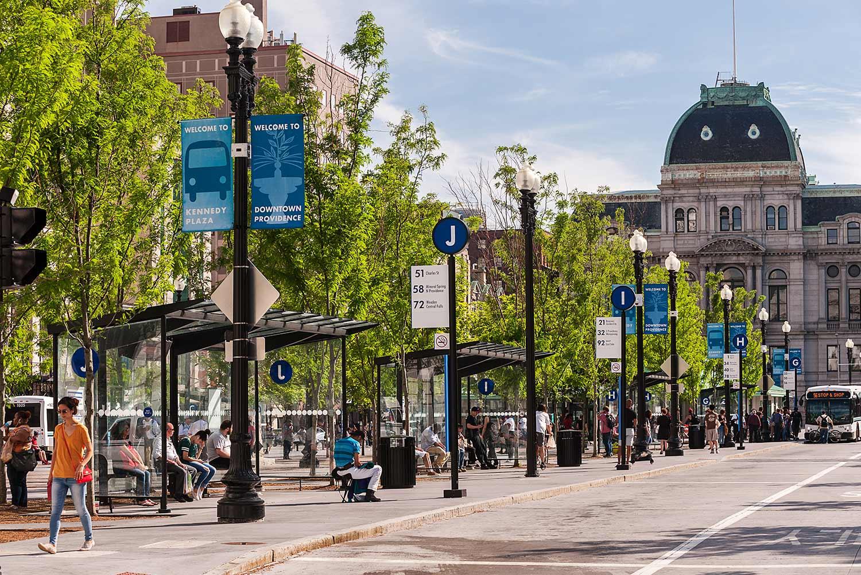 Kennedy-Plaza_urban-landscape-transit-hub-bus-shelter_Klopfer-Martin.jpg