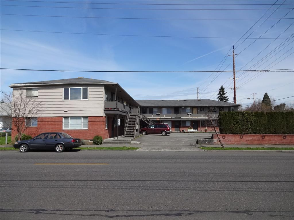 Lombardy Apartments - 7515 N Westanna Ave.JPG