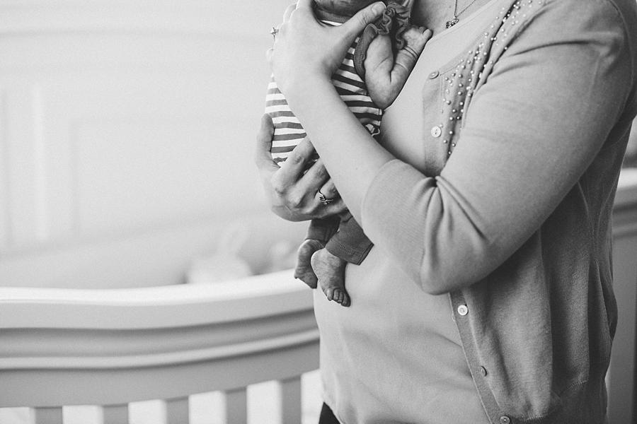 2015NebwornBWFlippenBlake101_fort collins newborn photographer.jpg