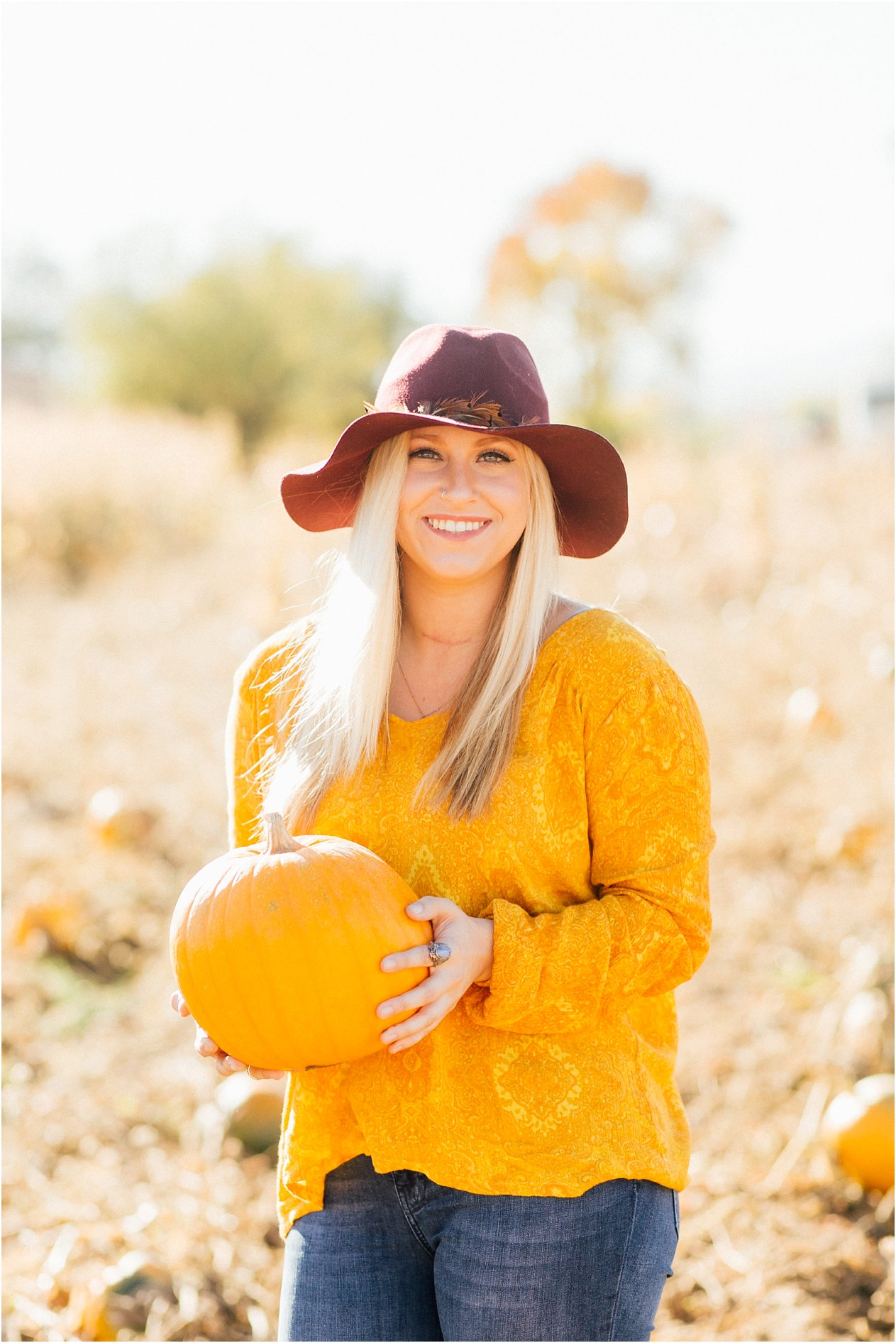 20171011SeniorPumpkinPatch009_web.jpg
