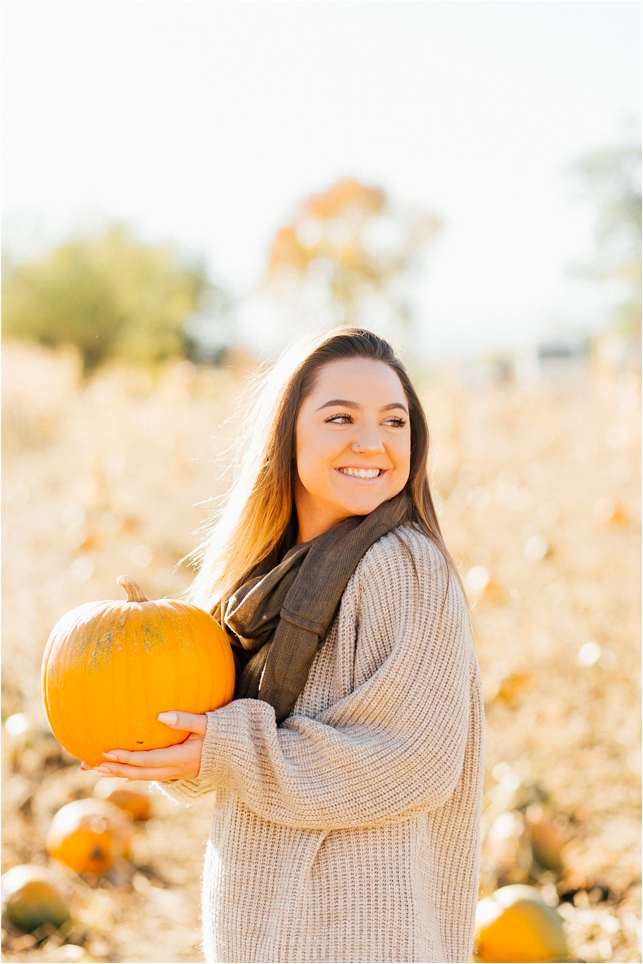20171011SeniorPumpkinPatch026_web.jpg