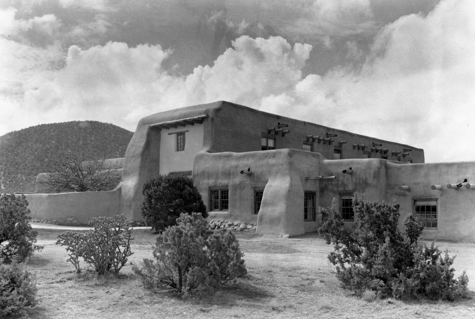 Old Santa Fe Trail Building, National Park Service
