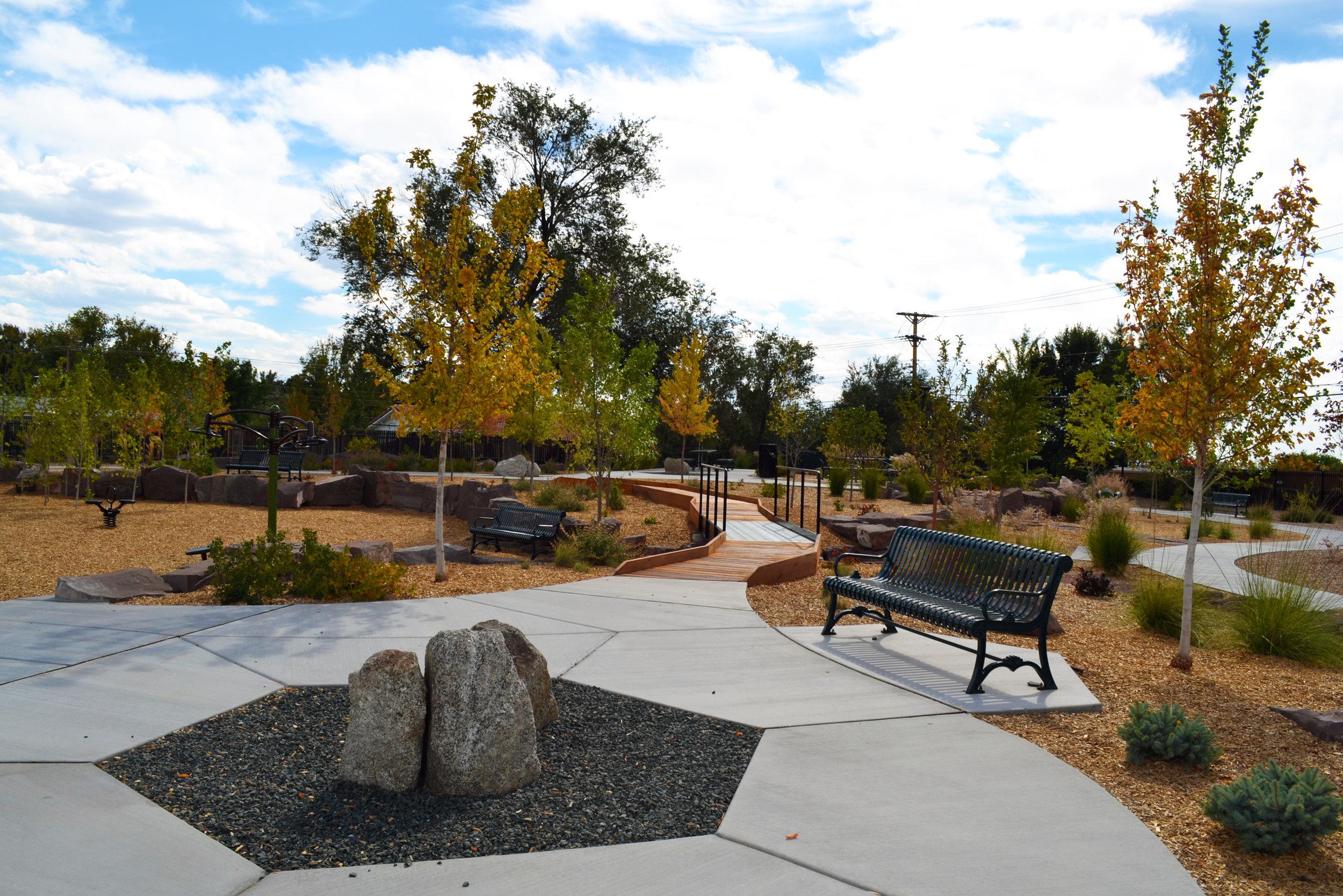 4 Four Hills Village Park, Albuquerque NM -  seating plaza