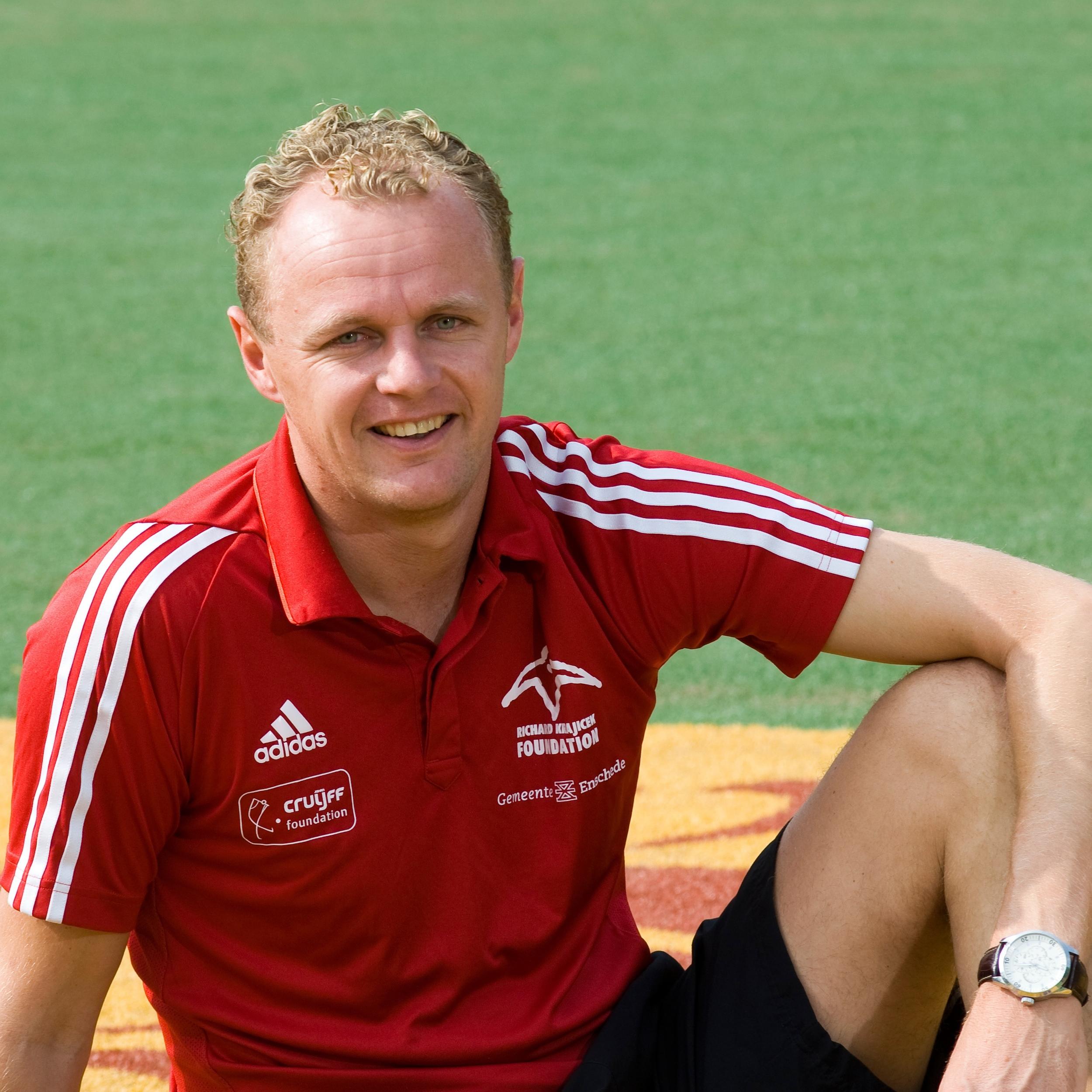 Tom Slotman    t.slotman@enschede.nl     GBS De Bron  KBS de Triangel    Combinatiefunctionaris West  Hatteler Plaza Sportinstuif